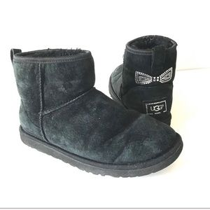 UGG black mini boot crystal bow ankle classic 6